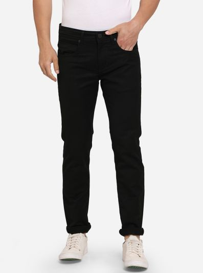 Jet Black Solid Slim Fit Jeans | JadeBlue Sport